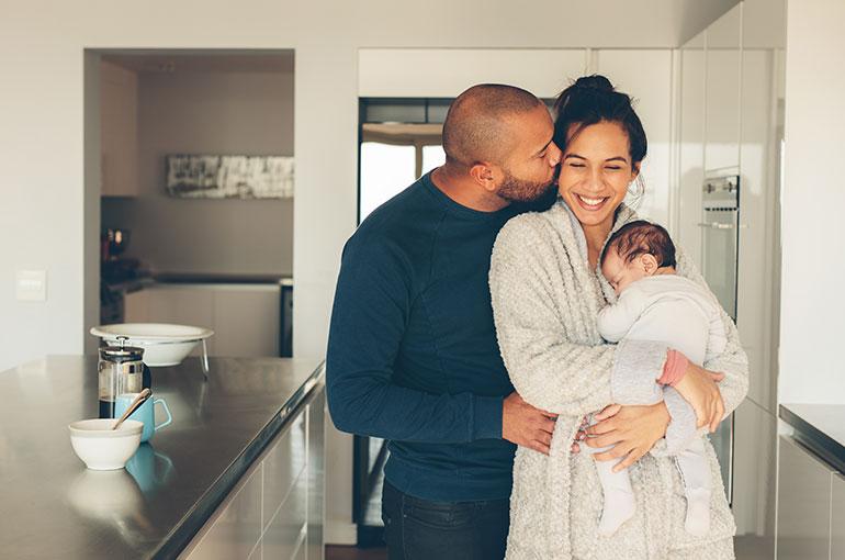 Place du couple à l'arrivée de bébé