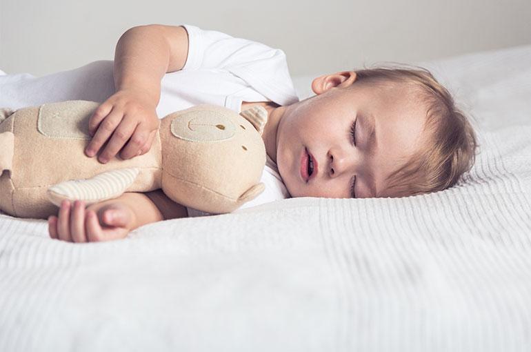 Comment choisir doudou bébé