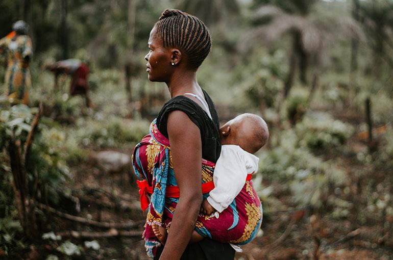 Portage africain dans le dos