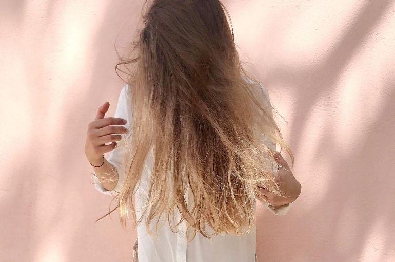 Chute de cheveux après accouchement, que faire ?